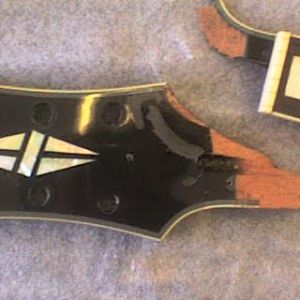 epiphone_lp_headstock_01