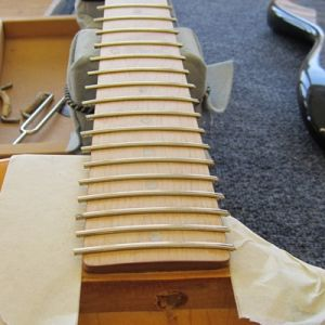 gibson_l-6_refretting_11